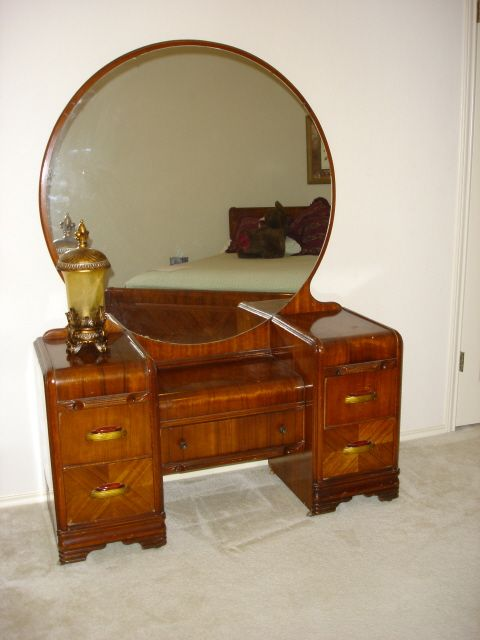 My Dream Is To Have And Room For An Art Deco Waterfall Vanity