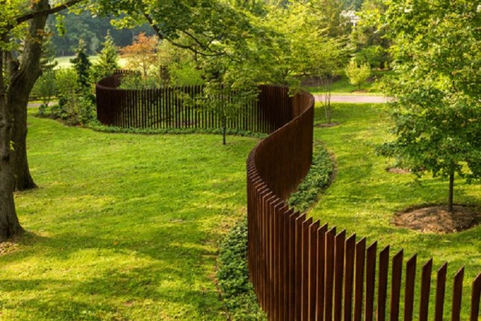 Cheap Dog Fence Ideas | Best Yet In