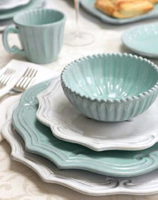 yes to this lovely coastal nautical china for a lovely sweet beachy table dressing… love the light aqua blue to this and the
