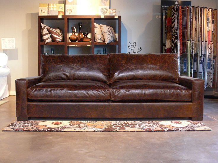 Best 25+ Distressed Leather Couch Ideas On Pinterest