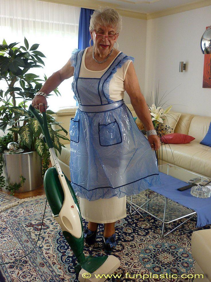Fun Plastic Apron Oma S Sch 252 Rze Grandma S Apron