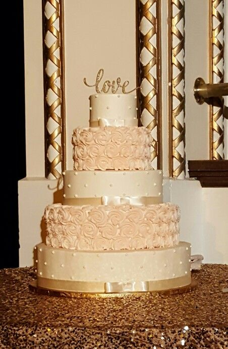 Ivory Blush And Gold Romance This Wedding Cake Covered