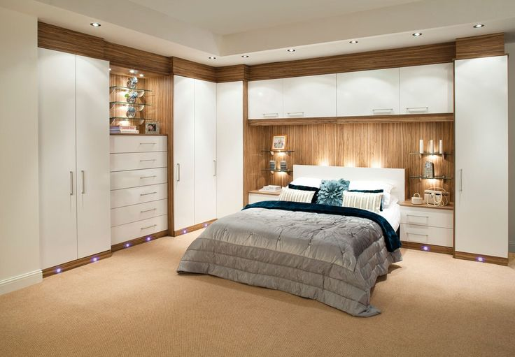 Built-in Wardrobe Around Bed