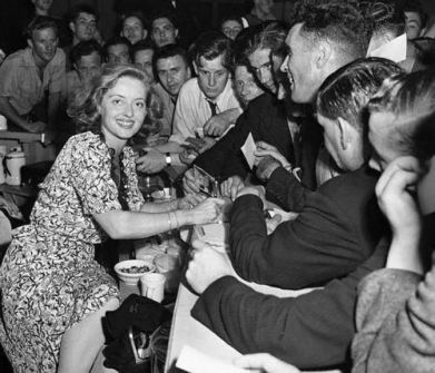 Image result for betty grable jitterbugging at the hollywood canteen