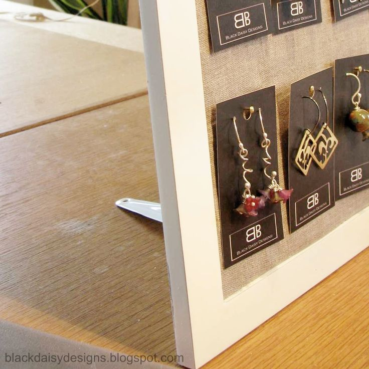25 Best Ideas About Card Displays On Pinterest Stall