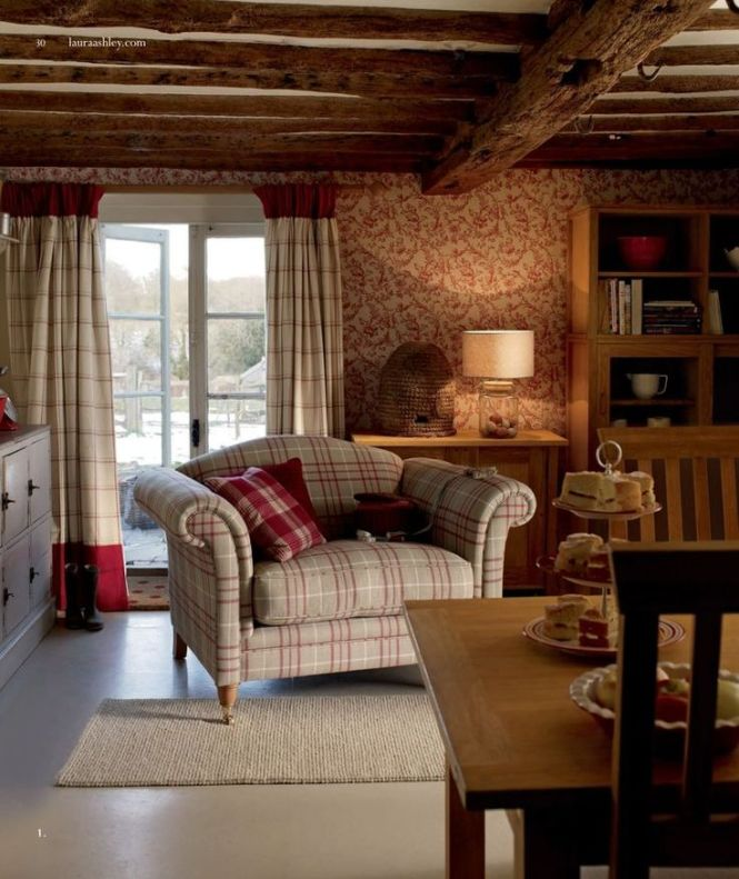 Laura Ashley Comes To The Woods I Love Sitting Area In This Rustic Cabin