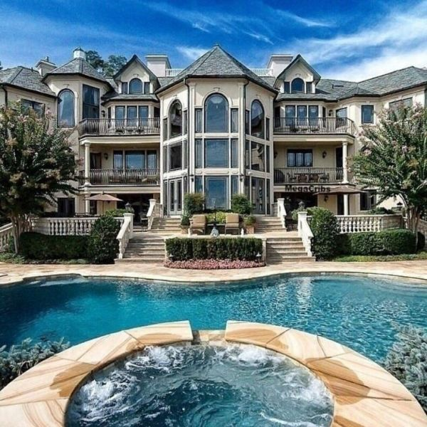 25+ best ideas about Mansion houses on Pinterest | Luxury ...