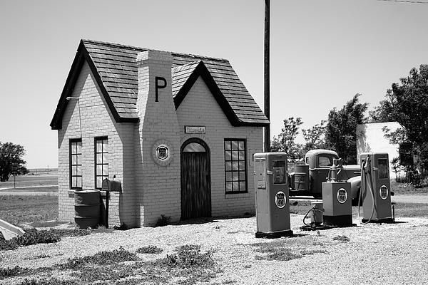 Route 66 Phillips 66 Cottage Style Gas Station McLean