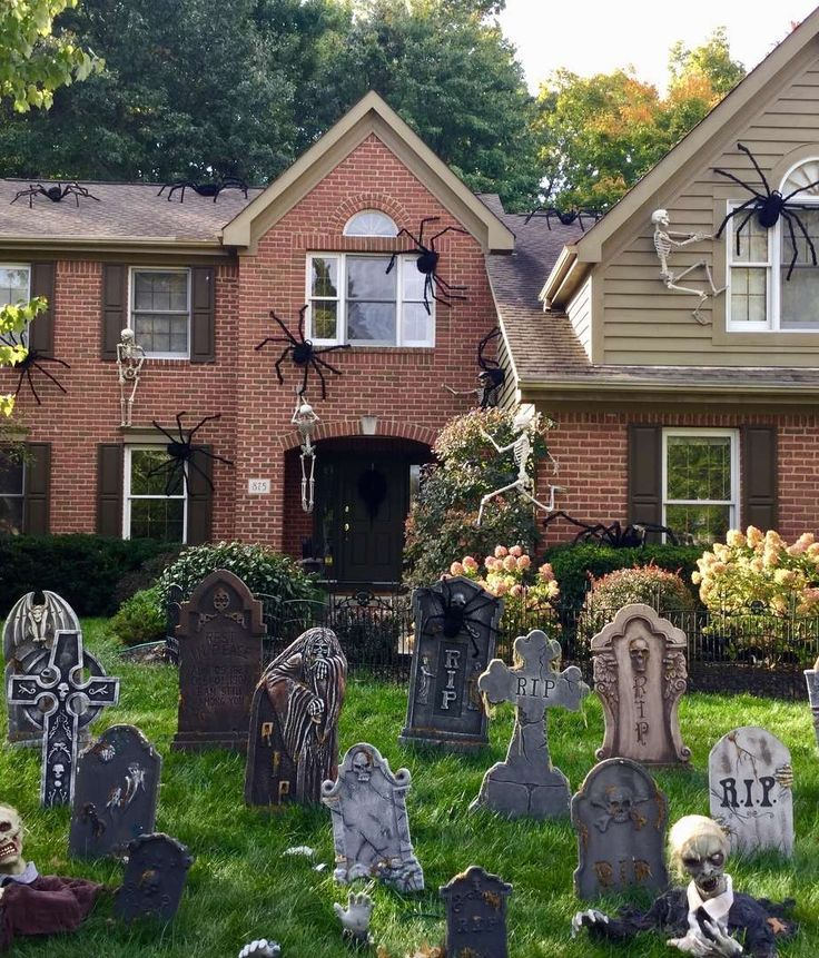 1000 Images About Spooky Dcor On Pinterest