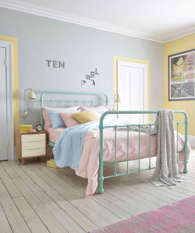Bright Bedlinen In Pastel Hues Are Pefect For A Retro Room Bedroom