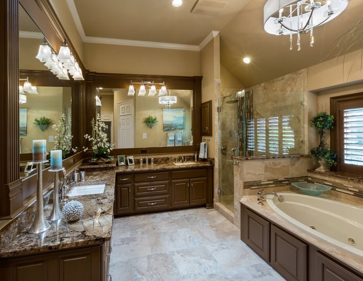 Bright Traditional Master Bath Coliseum Granite