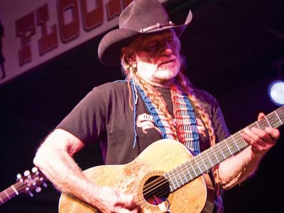 1000+ ideas about Willie Nelson on Pinterest | Elvis ...
