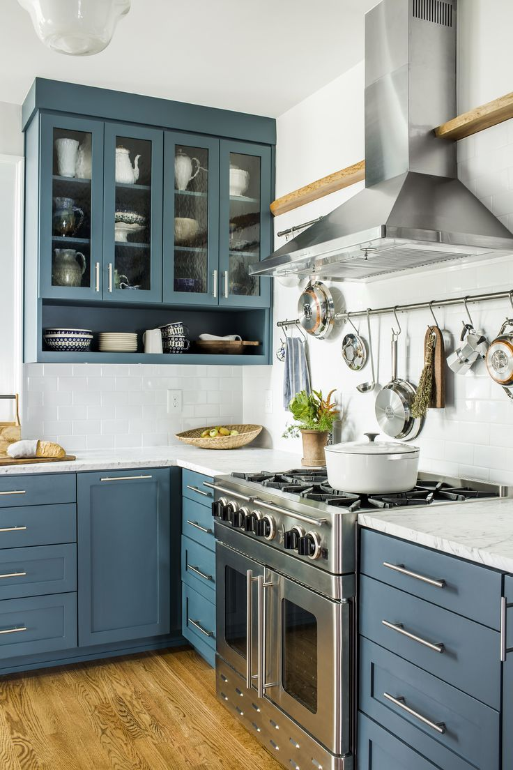 589 best images about kitchens on pinterest on kitchen cabinets blue id=75780