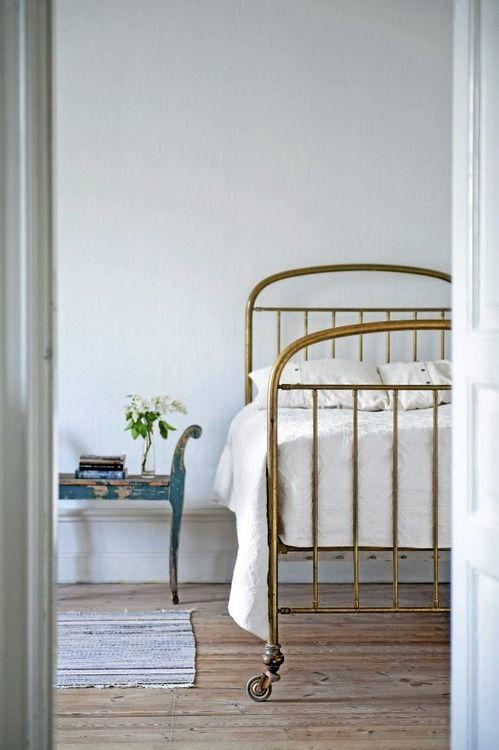 Best 25 Old Beds Ideas On Pinterest
