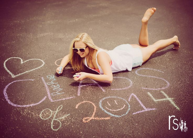 senior picture ideas for girls 2014 | senior 2014 class of 2014 chalk | Great Ph