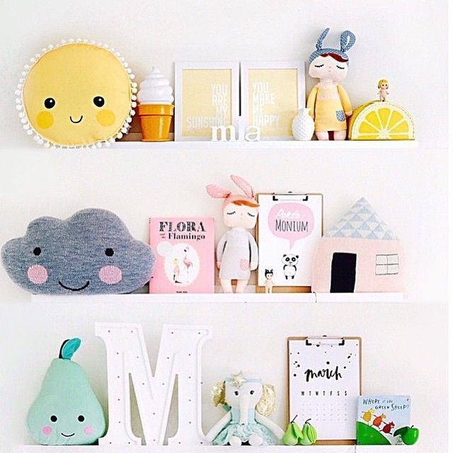 mommo deign…shelfie love ♥…