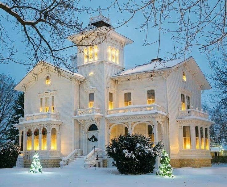 1000 Ideas About French Chateau Homes On Pinterest French Chateau French Furniture And