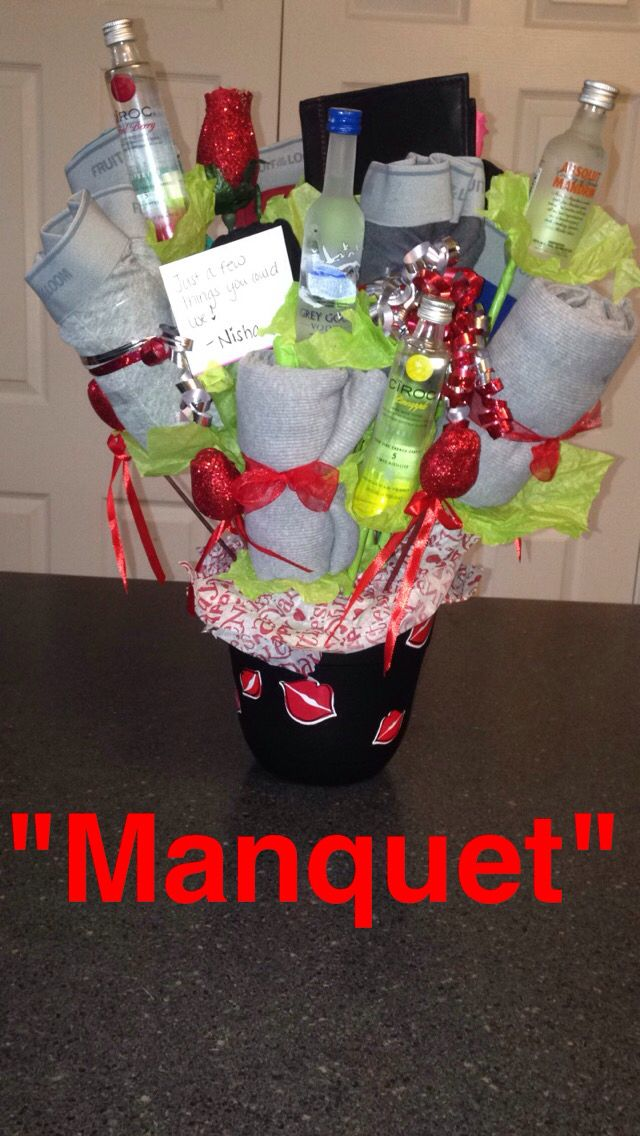 Made My Boyfriend A Man Bouquet It Consist Of A Wallet