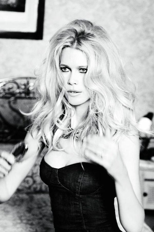 Model Claudia Schiffer, photographer Ellen Von Unwerth for ...