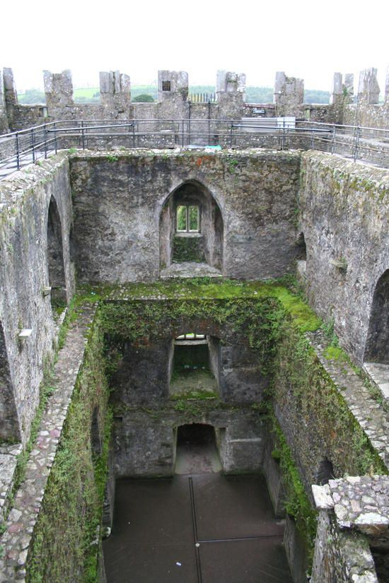 1000 Ideas About Castle Ruins On Pinterest Castles Ha