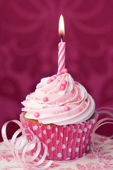 Cupcake Rosa Cute Happy Birthday Pinterest Cuisine Happy And Birthday Cupcakes