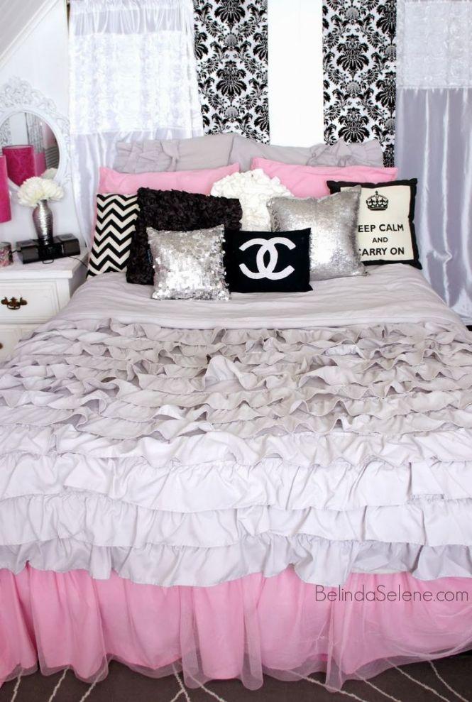 Chic Pink White And Black Bedroom Chanel Themed Room Www Belindaselene
