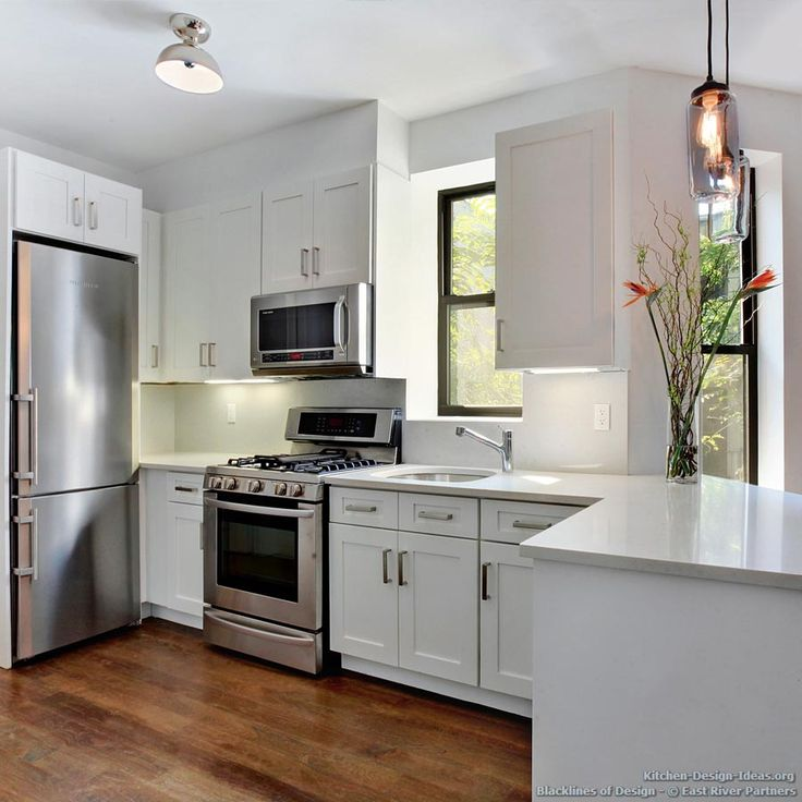 106 best images about white kitchens on pinterest modern kitchen cabinets antique white on kitchen ideas white id=44747