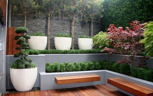 I love this modern deck!