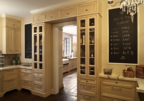 i love the built in cabinets around the door kitchens and dining rooms pinterest doors on kitchen cabinets around window id=30548
