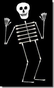 Q-tip Skeleton! Easy fun craft for the kiddos ;):