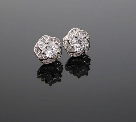 Shiny Floral Zirconia Earrings$32.00 ,Style No.: LJE00039