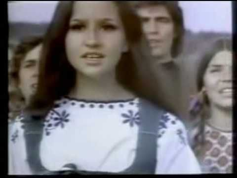 Who doesn't love this commercial? Coca Cola Commercial – I'd Like to Teach the World to Sing (In Perfect Harmony) – 1971