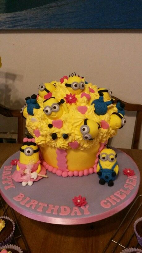 318 Best Images About Cakes Despicable Me On Pinterest