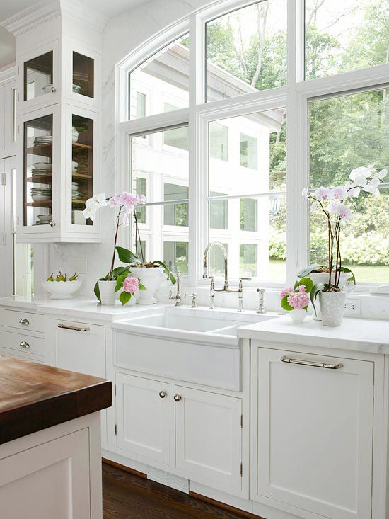 Love, love this large arched window framed by marble: