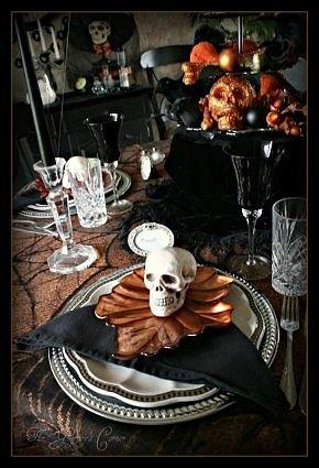 Halloween table: