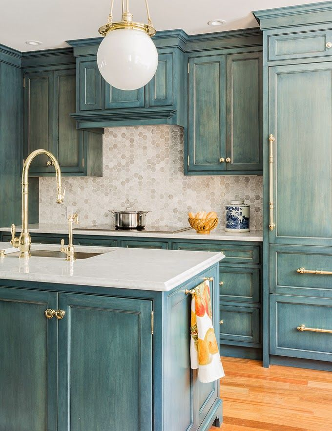 61 best turquoise kitchens images on pinterest on kitchen hutch id=51129