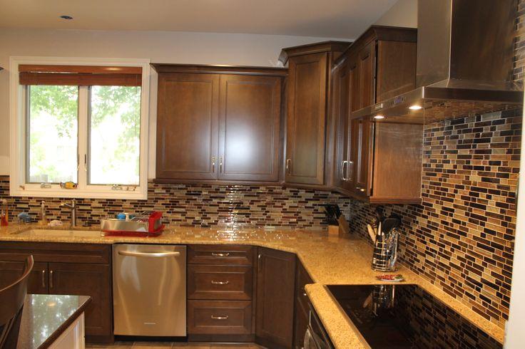 Medium Maple Cabinets with light Granite countertops and ... on Light Maple Kitchen Cabinets With Granite Countertops  id=82516