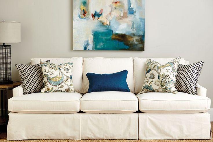 1000+ Ideas About Couch Pillow Arrangement On Pinterest