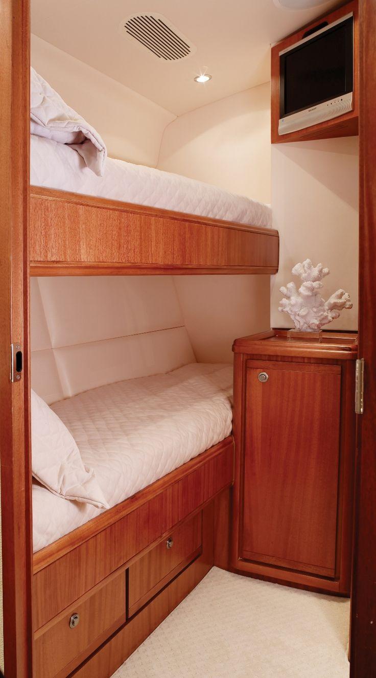 Bertram 70 Twin Bunks Yacht Bedroom Luxury Bertram 70