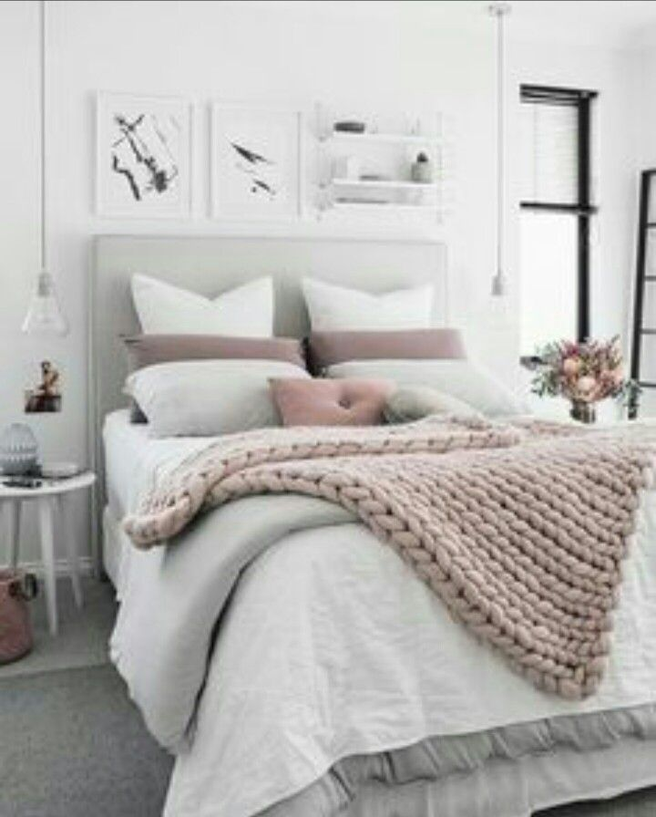 25 Best Ideas About White And Gold Comforter On Pinterest
