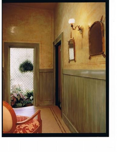 Venetian Plaster Walls With Stenciling Distressed Wood