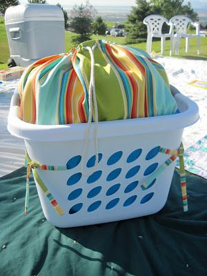 sew a liner for a laundry basket and turn it into a great picnic basket!  tutorial