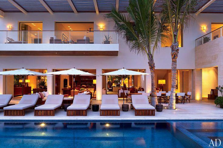 Cindy Crawford And George Clooney S Private Villas Los