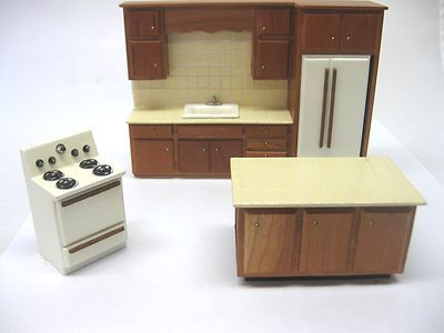 Vintage Dollhouse Miniature Artisan Half Scale 124