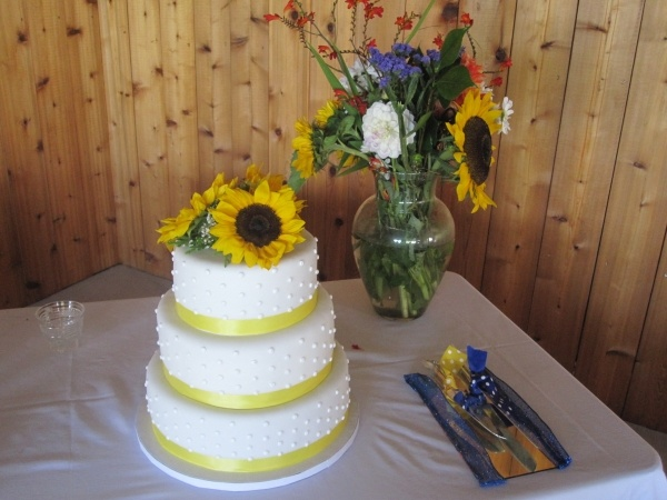 11 Best Images About Wedding Cake Ideas On Pinterest
