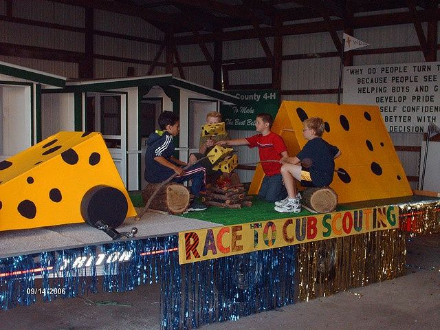 22 Best Images About Parade Float Ideas On Pinterest