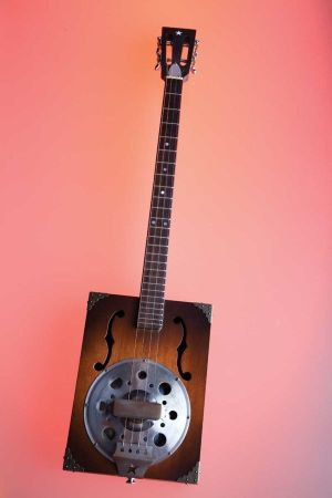 77 best images about Hand Made Guitar on Pinterest | Mini cake pans, Cigar box guitar and Ukulele