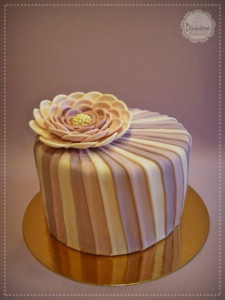 Eleg 225 Ns Vir 225 Gos Torta Elegant Flower Cake Cake