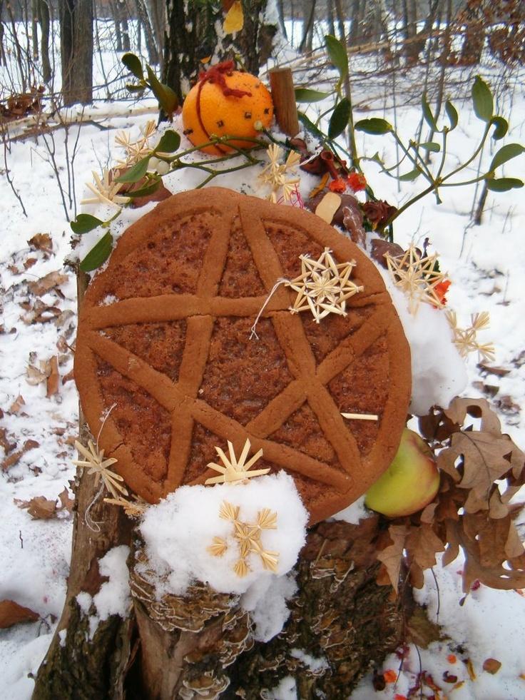 Outdoor Yule Altar Magick Pinterest Beautiful