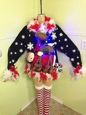 1000 Ideas About Reindeer Christmas On Pinterest Red